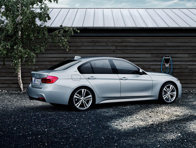 The Color Club - BMW Master Bag m BMW oplader