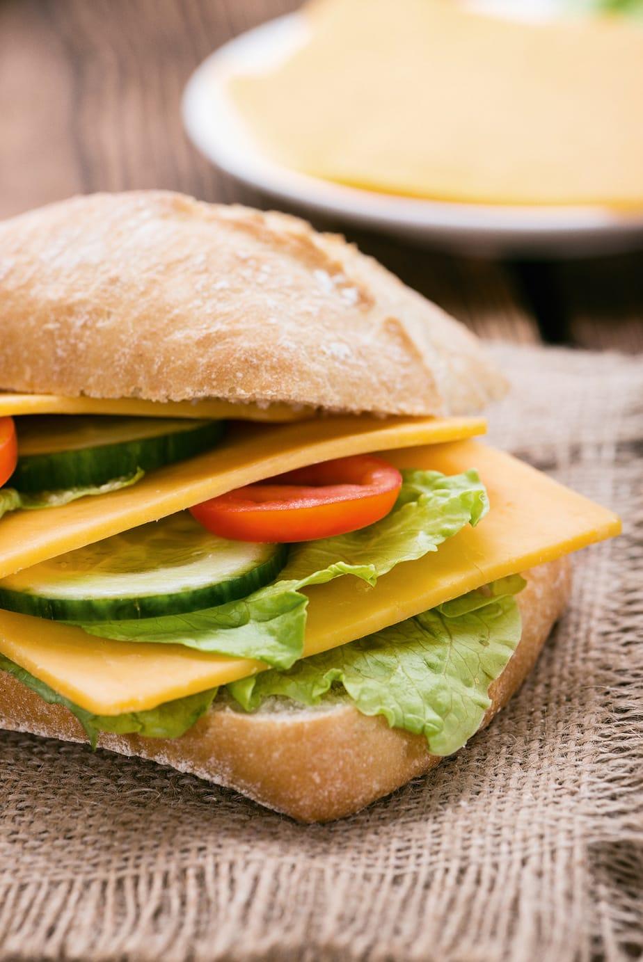 The Color Club - CheddarSandwich