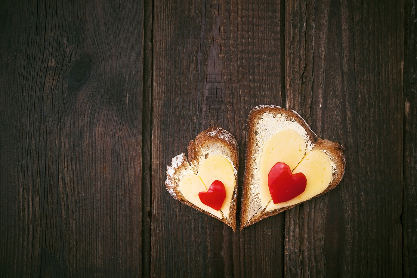 The Color Club - Cheese hearts iStock 000023383822 Large