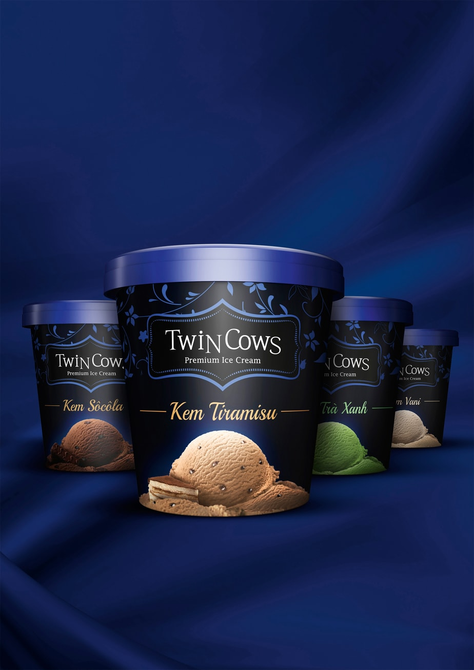 The Color Club - Twin Cows Icecream 01